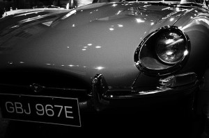 jaguar_headlight